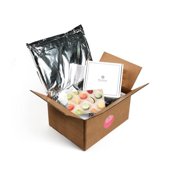 mini cakes gift box